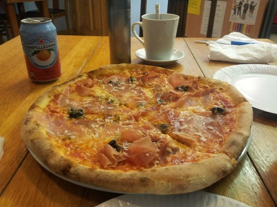 Fiordigrano Pizza Cafe:                   Tasty pizza