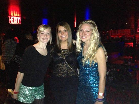 LAX the Nightclub : Me and my 2 wonderful friends!