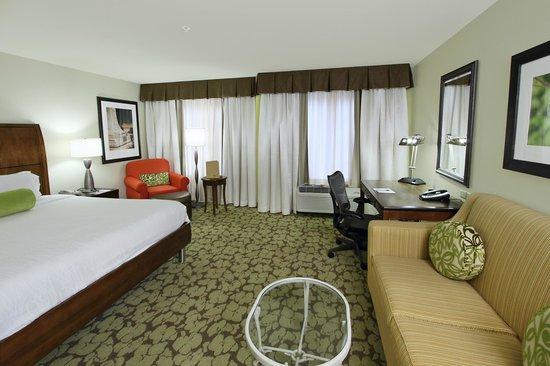 Hilton garden inn calabasas updated 2017 hotel reviews for Garden room reviews