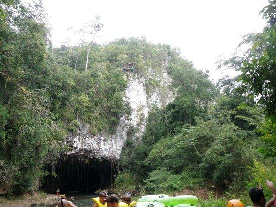 Cave Tubing & Zip Line with Explore Belize Caves:                   Belize Cavetubing