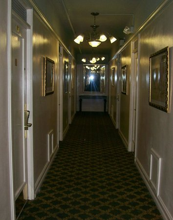 Hotel San Carlos: Hallway