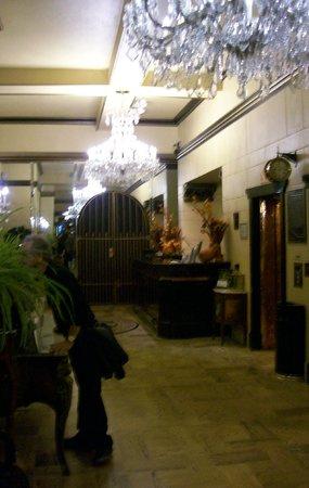 Hotel San Carlos: Lobby