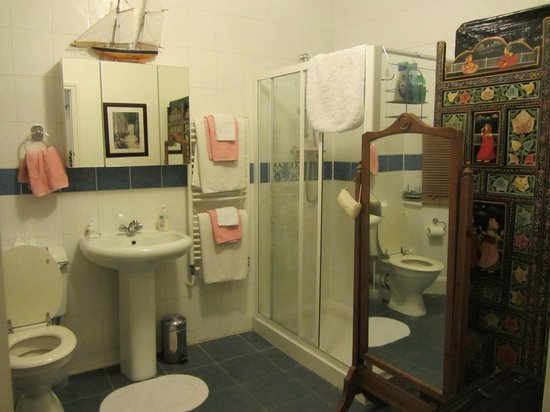 Bay Tree House Bed & Breakfast: Private bath