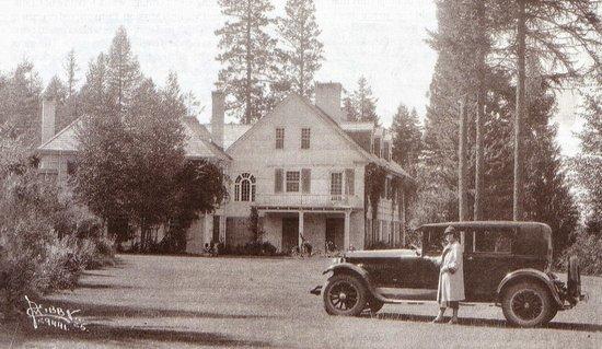 Clark House on Hayden Lake: 44