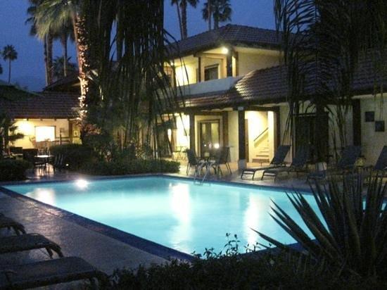 La Maison Hotel:                   Evening View
