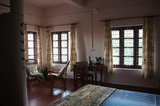 Mundax Homestay Yoga Retreat:                   room