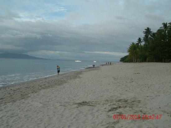 Aninuan Beach: Beach Scene 1