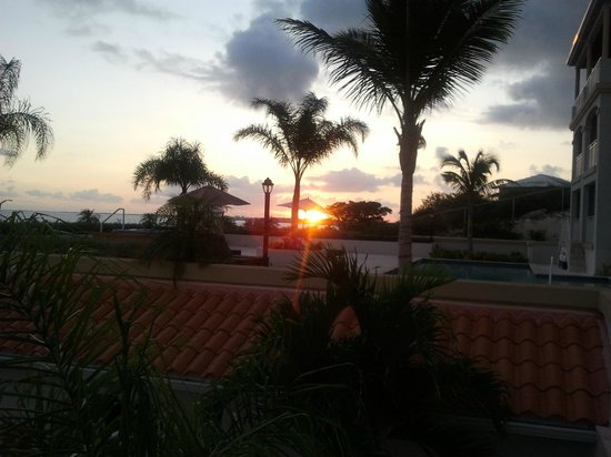 La Vista Azul Resort: AMAZING SUNSETS