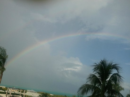 La Vista Azul Resort: NO CHARGE RAINBOWS