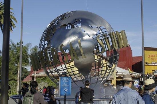 The Garland: Universal Studios