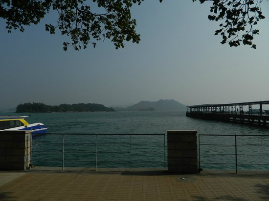 Sai Kung: The sea view