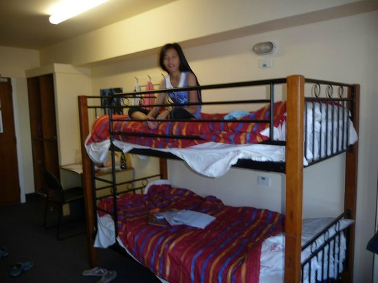 YHA Wellington:                                     Another bunk bed