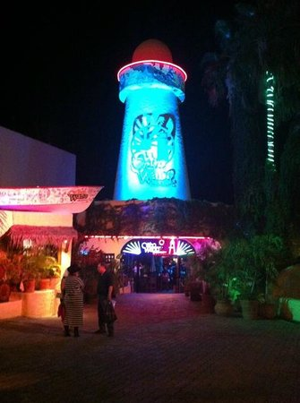 Hotel Riu Palace Cabo San Lucas:                                     Cabo Wabo