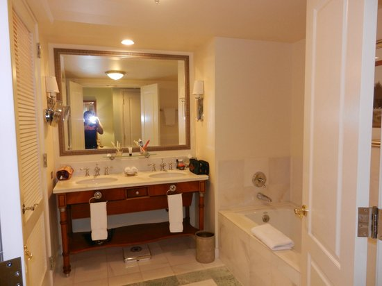 Hilton Lake Las Vegas Resort & Spa:                   Our bathroom, very roomy and spacious