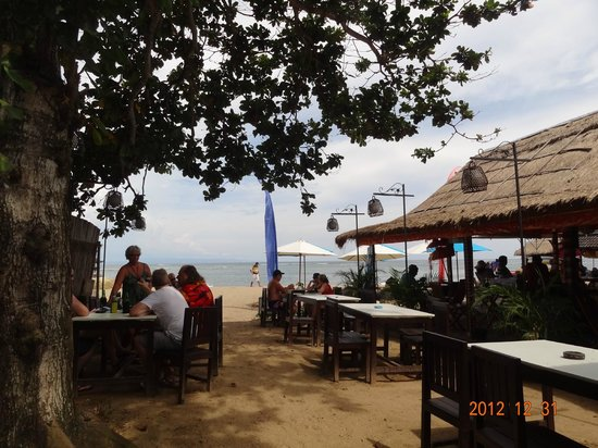 The Oasis Beach: beach cafe