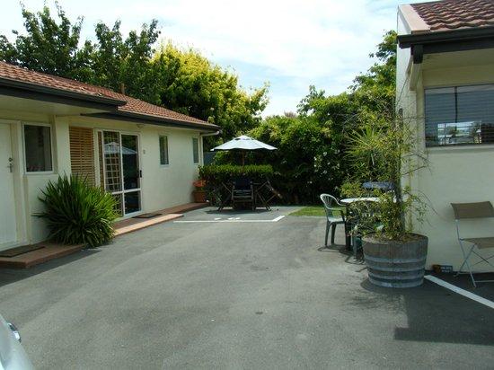 Bella Tuscany Motel : Outside