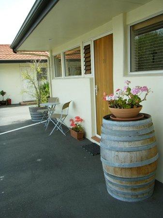 Bella Tuscany Motel: Outside