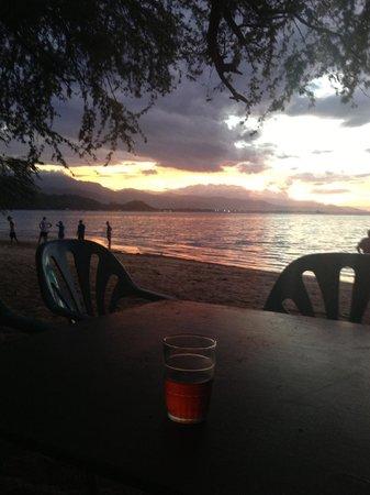 Beachside Hotel:                                     Drinks on the beach