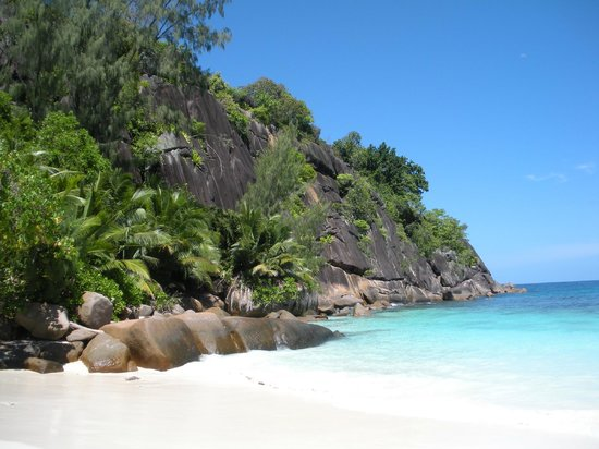 Four Seasons Resort Seychelles: Stunning beach!