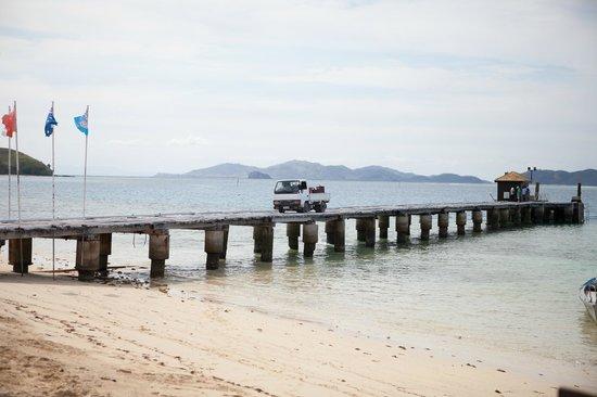 Mana Island Resort :                   he was reversing fast!