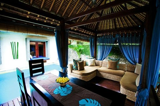Villa Aroha Seminyak:                   Living pavillion of villa (kitchenette/dining/lounge)