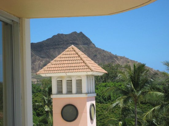 Aston Waikiki Beach Hotel:                   Diamond Head view from our room