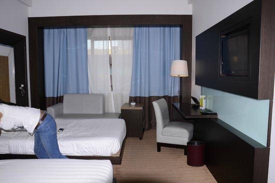 Hotel Novotel Batam: Room
