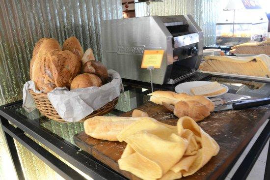 Travelodge Batam: Buffet breakfast