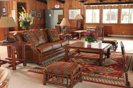 Acorn Lodge: Lobby