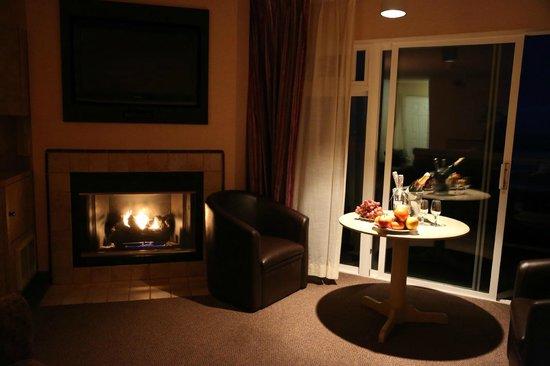 Hallmark Resort:                                     Ralax2