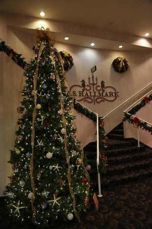 Hallmark Resort:                                     Merry Christmas!