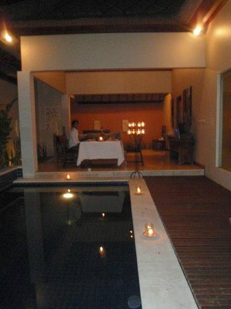 Bhavana Private Villas:                   Candle Light Dinner