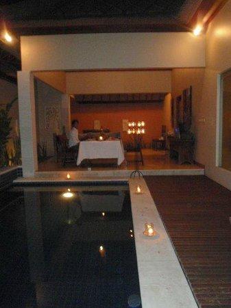 Bhavana Private Villas:                   Candle Light Dinner                 
