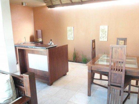 Bhavana Private Villas:                   Dining area                 