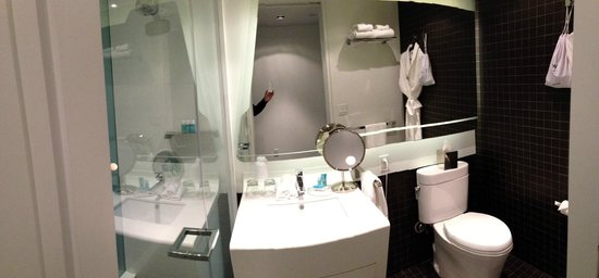 W New York - Downtown: Bathroom (Rm. 2107)