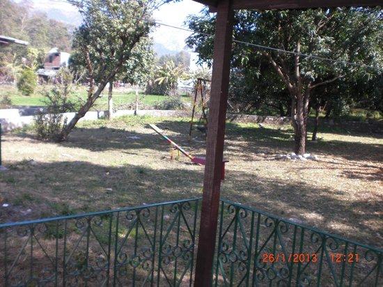 Corbett Roop Resort:                   play area