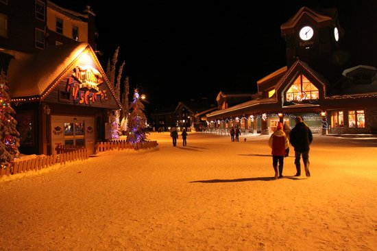 Big White Ski Resort:                   Village Center Mall (VCM)