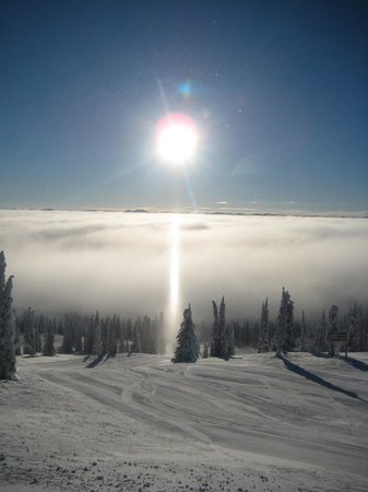 Big White Ski Resort:                   Blue bird days at Big White