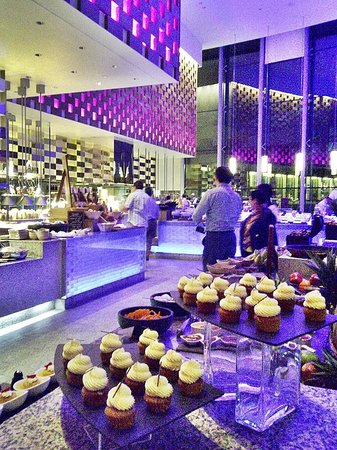 InterContinental Dubai Festival City: Anise rest.