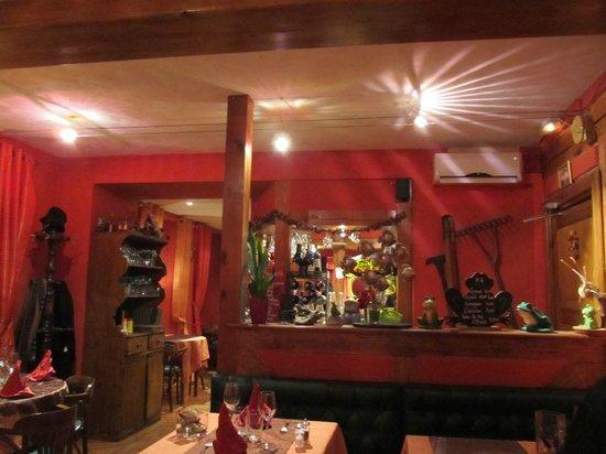 La Grenouille:                                     The bar area