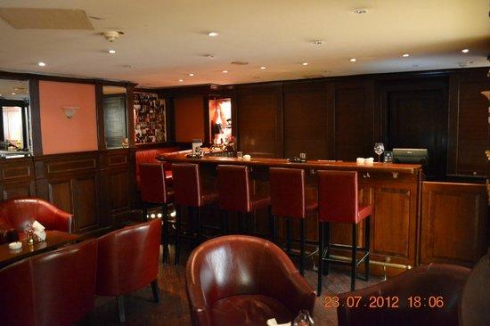 Radisson Blu Palais Hotel, Vienna:                                     Lobby bar