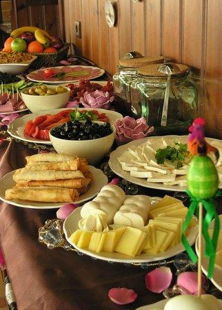 Emine Sultan Hotel: Famous Breakfast !