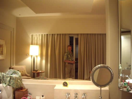 Park Hyatt Dubai: The standart double room.