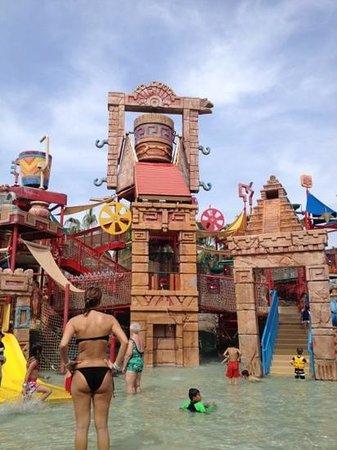 Atlantis, The Palm:                   parque das criança