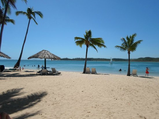 Dunk Island Holidays: Picture Of Shangri-La's Fijian
