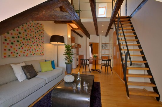 Apartments Ericsson Palace: Loft-Bedroom Apartment - dining area
