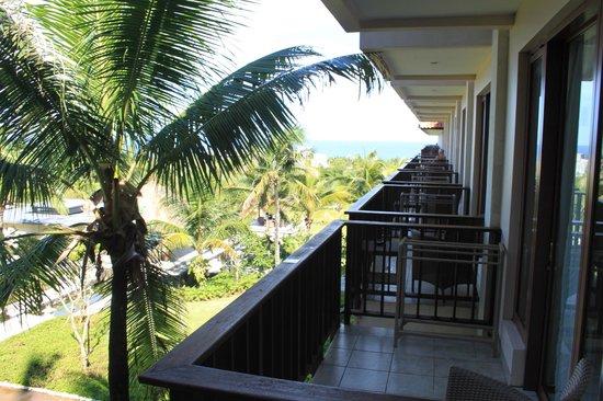 New Kuta Hotel:                   Вид с балкона New Kuta Condotel 3*
