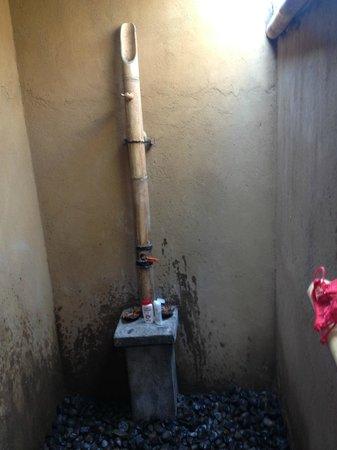 the open bathroom at baleku gili trawangan