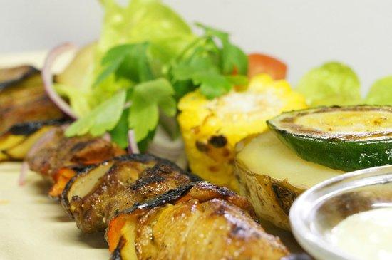 Taverna Dionysos : Chicken Souvlaki