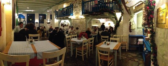 Taverna Dionysos: In the Restaurant